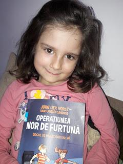 copiii citesc