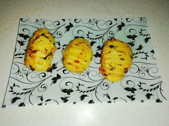 cartofi evantai la cuptor