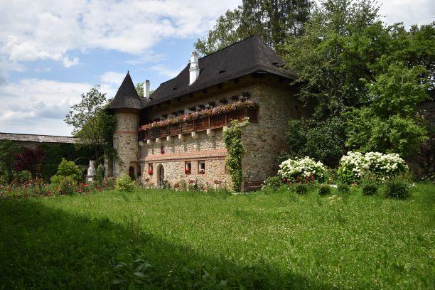 manastiri din suceava,manastiri in bucovina