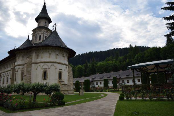 manastirea putna, manastiri in suceava