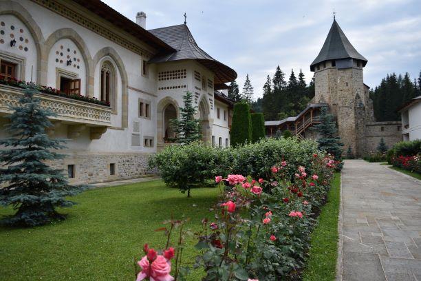 manastiri suceava