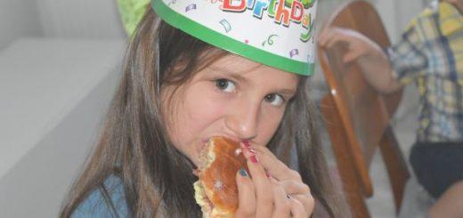 Meniu pentru copii,burger kid friendly