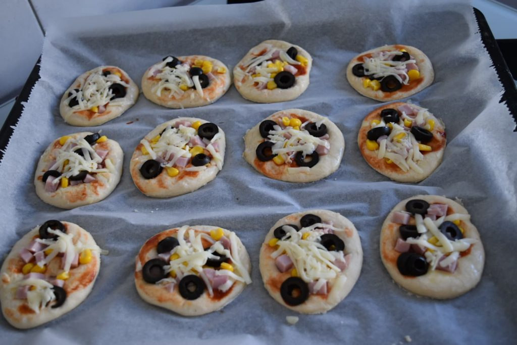 mini pizza de casa