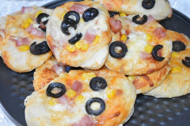 mini pizza reteta simpla