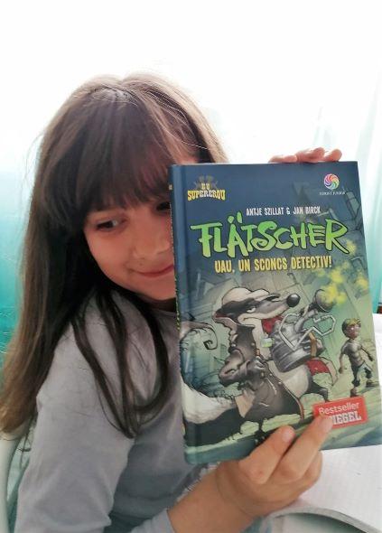 Flatscher, uau un sconcs detectiv, carte pentru copii