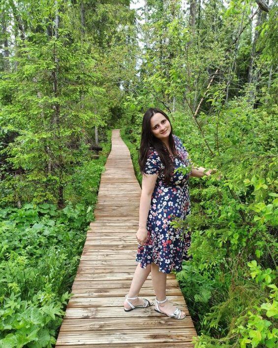 roxhie din jerse, rochie cu flori, rochie imprimeu floral,