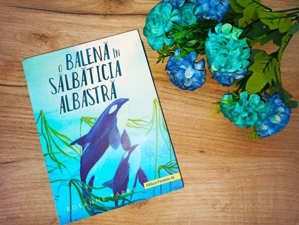 O balenă în sălbăticia albastră de Rosenne Parry